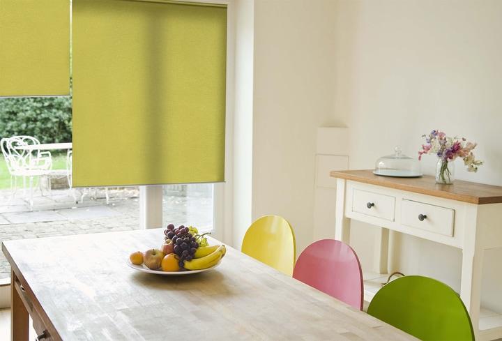 Dekoro detalės žalia valgomajam kambary