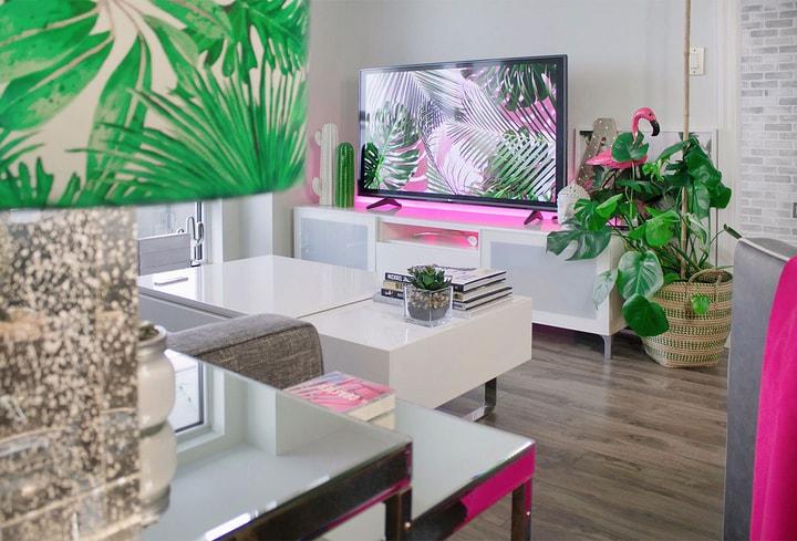 Spalvoms namų kambaryje 2022 metų Vilnius