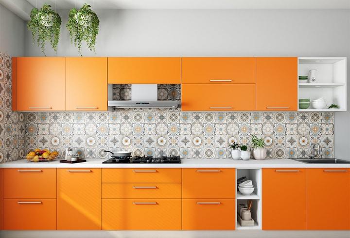Virtuvėj detalės ryškios spalvos