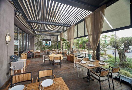 Bioklimatinė Plus pergola restoranams