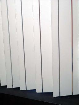 Plastikinės vertikalios žaliuzės