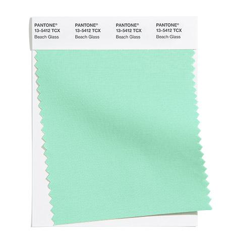 2022 metų spalvos namų interjerui